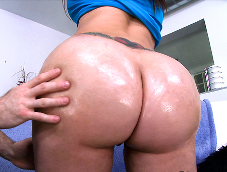 First Time Girl Shooting Porn Has The Biggest Most Amazing Ass Ever Ass Parade