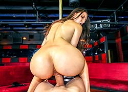 assparade: Juicy ass twerks on the stripper pole