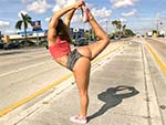 assparade: Twerking For Miami Traffic!