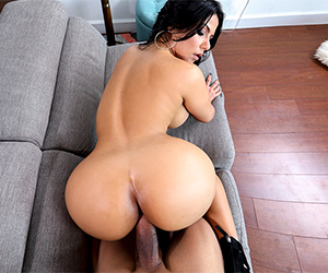 creampie-for-this-perfect-latina