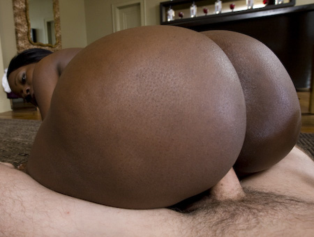 Chocolate Thunder W/ Chanel Staxxx Ass Parade