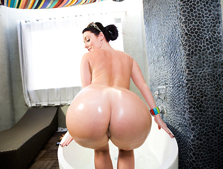 Sophie Dee Got Ass & Titties Ass Parade