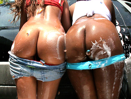 Car Wash Ass! W/ Jessica Dawn & Dayana Ass Parade