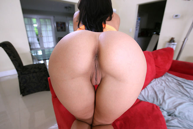 Rachel Starr big butts video from Ass Parade