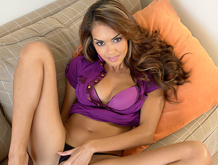 Daisy Marie's Tight Latin Pussy Big Mouthfuls