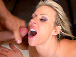 Pic of Carolyn Reese in bigmouthfuls episode: Damn She's Hot!