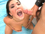 Pic of London Keyes in bigmouthfuls episode: Open Wide And Say Ahhh