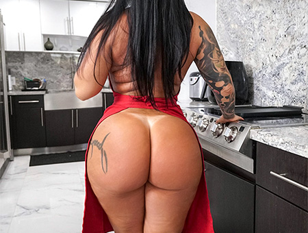 Monica santhiago huge ass