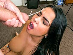 Latina's first porno and facial