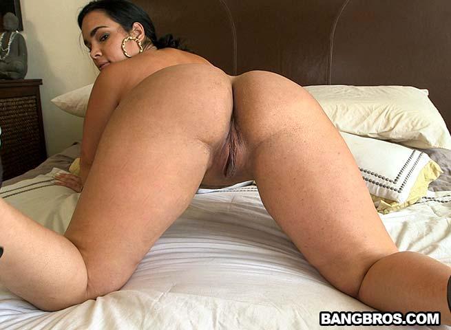 Naomi Banxx Ass