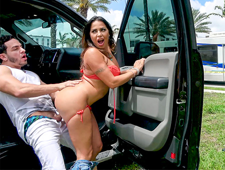 Julianna Vega Loves to Fuck in Public